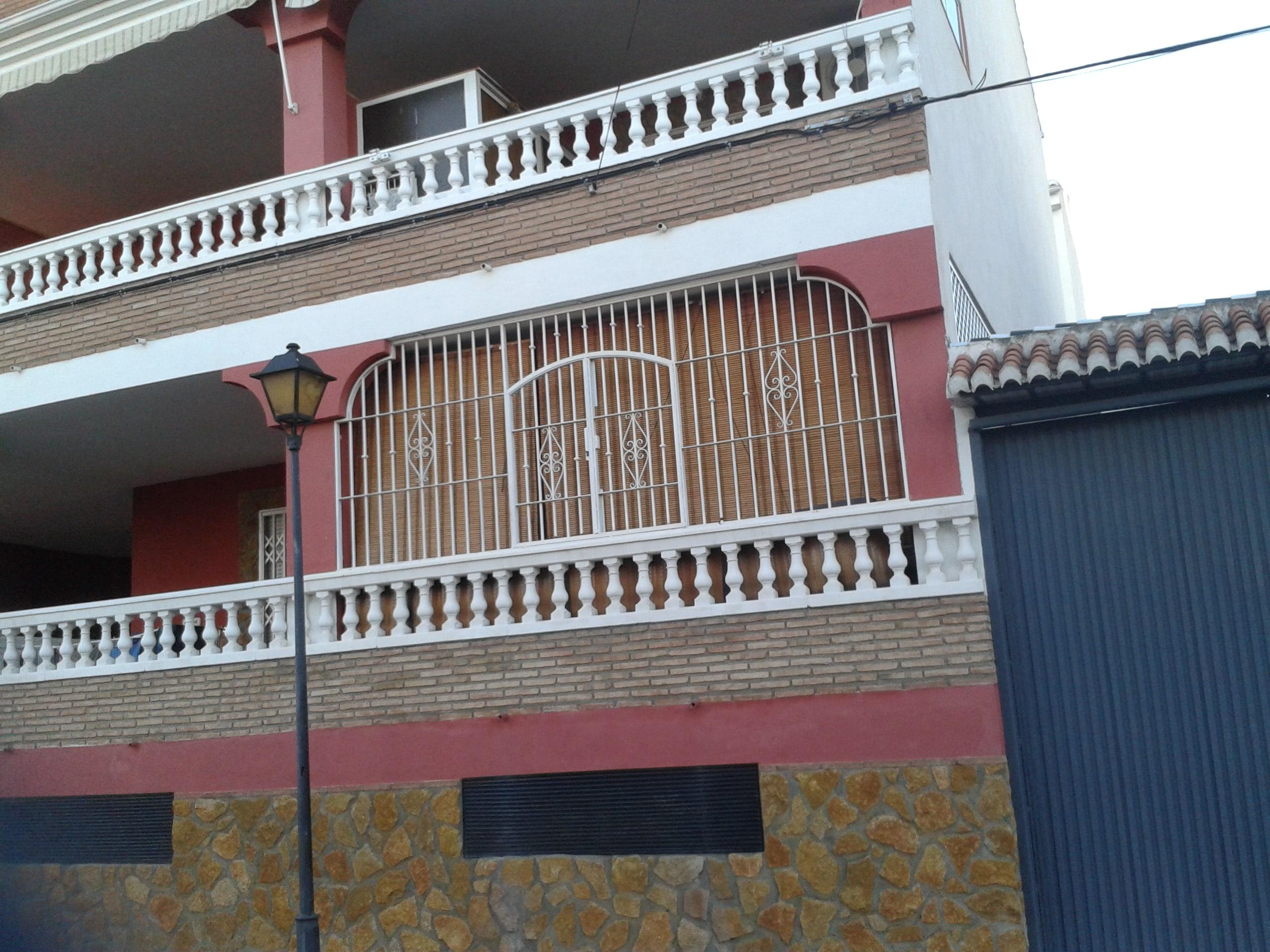 Rejas Para Puertas Carpintería Metálica Morales